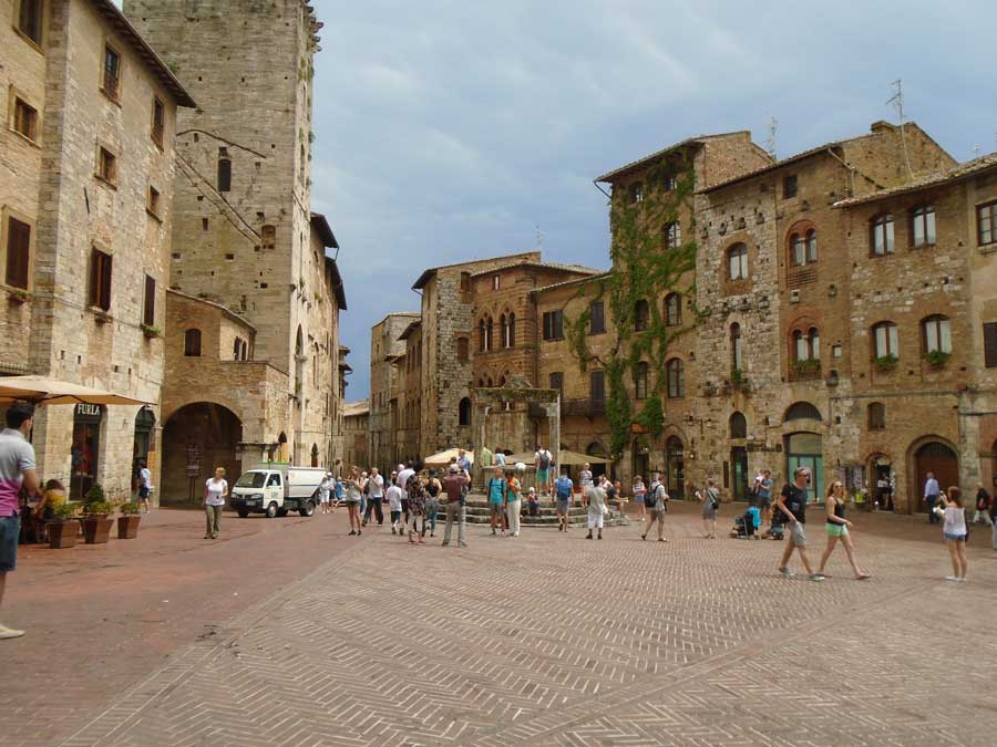 Tuscany guided motorcycle tour