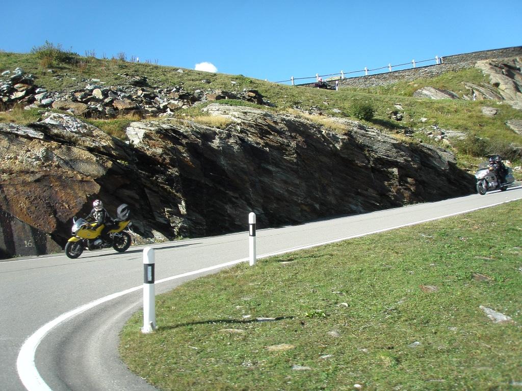 motorcycle rental UK, Lake Como, Italy
